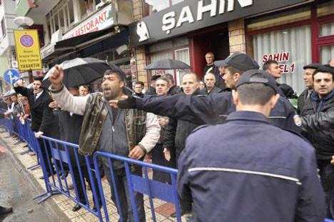 Ahmet Türke yumruklu saldırı