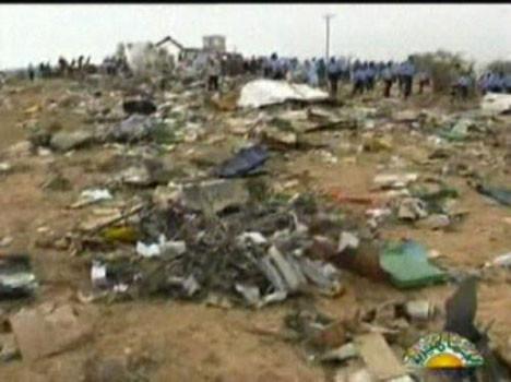 Libya da uçak düştü