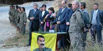 Terörist PKK ve küstah DTP şov yaptı