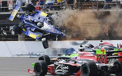 Yarışta inanılmaz kaza