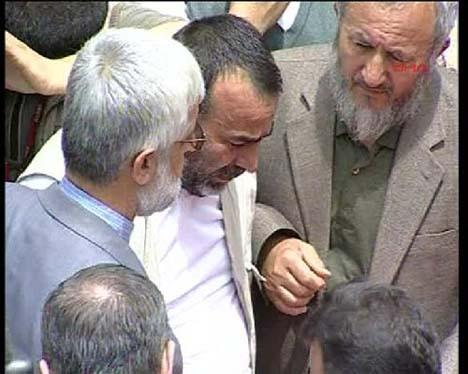 Cenazeler Fatih Camiinde!