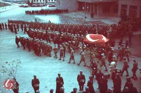 İşte Atatürkün cenaze fotoğrafları