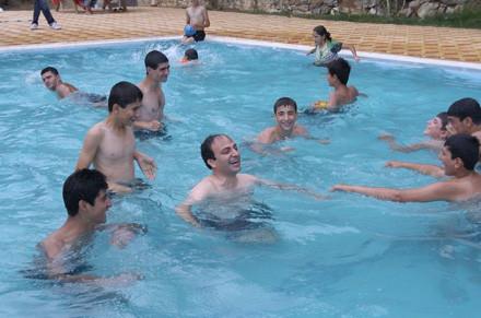 Baydemirin havuz sefası !