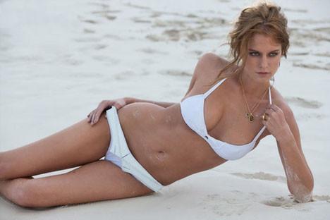 Kim Cloutier Meksika sahillerinde