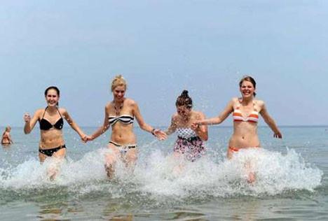 Yaz sıcakları Almanları kavuruyor