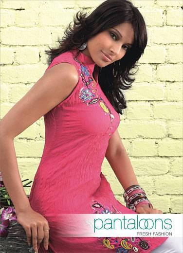 Hindistanlı güzel, Bipasha Basu