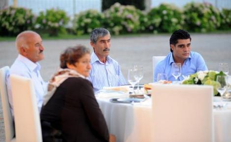 Şehit ailelerine Sarayda iftar yemeği