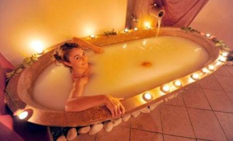Beş yıldızlı süt banyosu