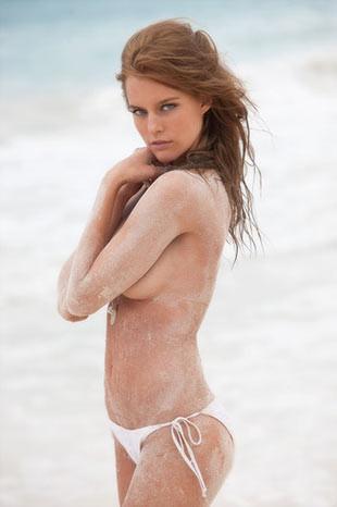 Kim Cloutier Meksika sahillerinde!
