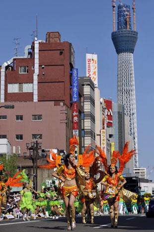 Japonlar samba yaparsa!