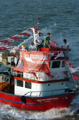 İzmirde yüzbinlere seslendi!