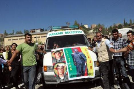 PKKlıların cenazesine katıldılar!