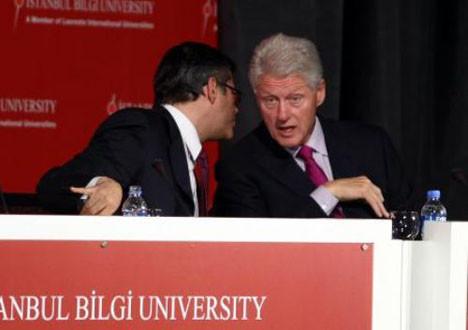 Clinton Türkiyede!