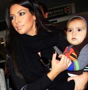 Kardashianın bebek özlemi!