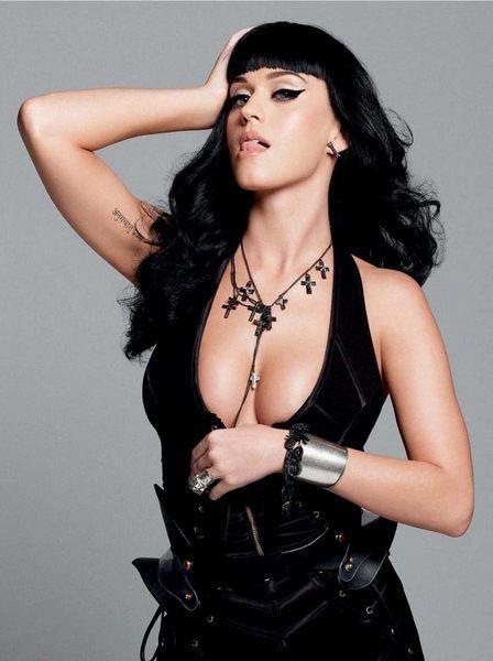 Katy yaptı yine yapacağını