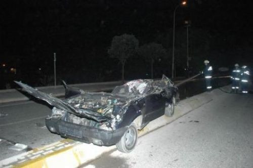 İstanbulda feci kaza: 3 ölü!