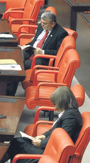 Milletvekilleri sıkılırsa..