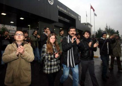 Marmara Üniversitesinde satırlı saldırı