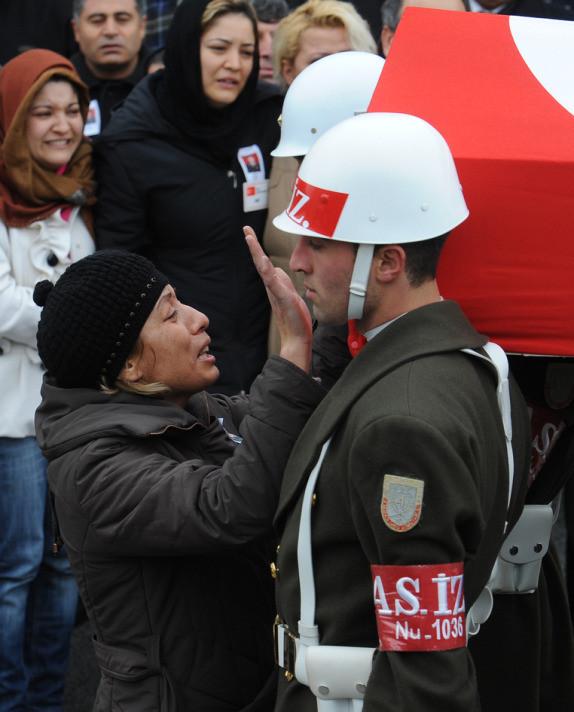 Şehit pilot üsteğmen Gülün cenaze töreni
