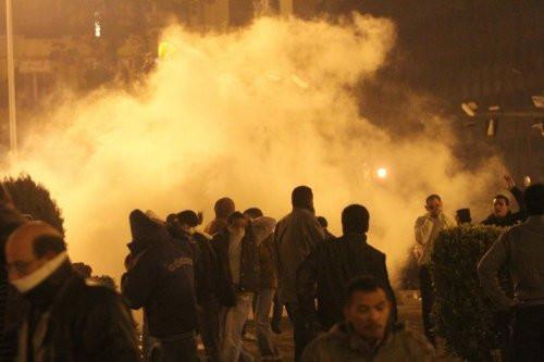 Mısır halkı sokaklara döküldü!