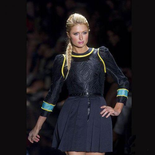 Paris Hiltonlu moda şöleni!