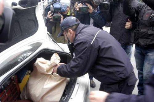 Polis Soner Yalçının Evini bastı!