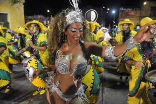 Brezilyada Rio karnavalı başladı