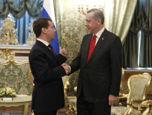 Erdoğan Medvedev ile görüştü