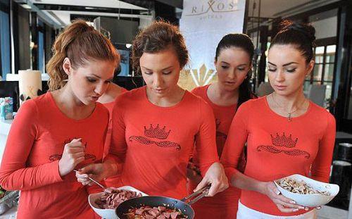 Ukraynalı güzeller Antalyaya geldi