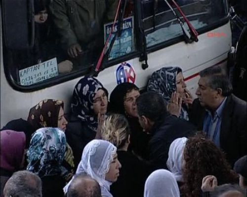 Köprü girişinde BDP eylemi!