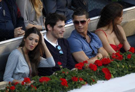 Irina ve Ronaldo tenis maçında!