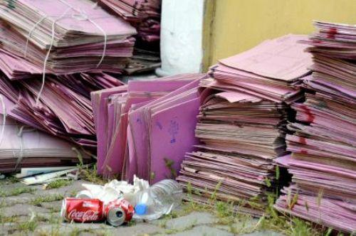 Çöp değil dava dosyaları!