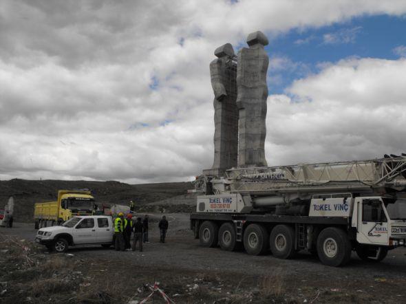 İnsanlık anıtı artık yok!