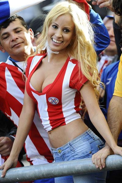 Paraguay tribünleri çıldırdı