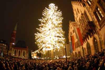 Dünyada Noel kutlamaları