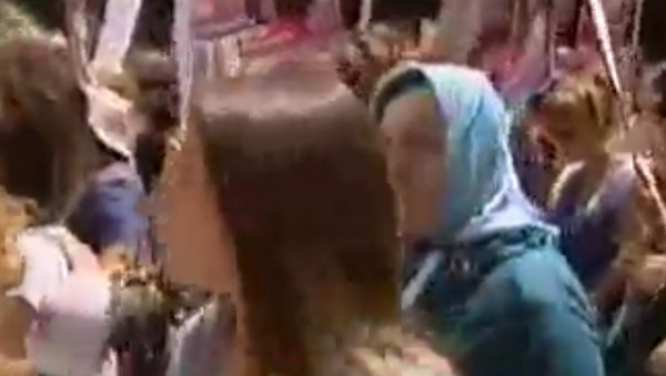 Taksimde büyük kadın yürüyüşü!