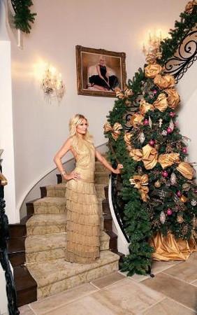 Paris Hilton evinin kapılarını açtı