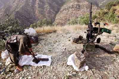 İşte Türkiyeye 10 km uzaklıktaki PKK kampı