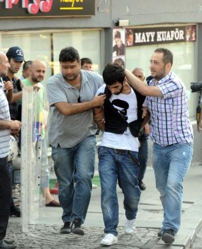 PKK yandaşları Taksimi birbirine kattı