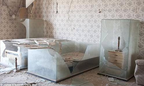 Kaddafinin evinden fotoğraflar