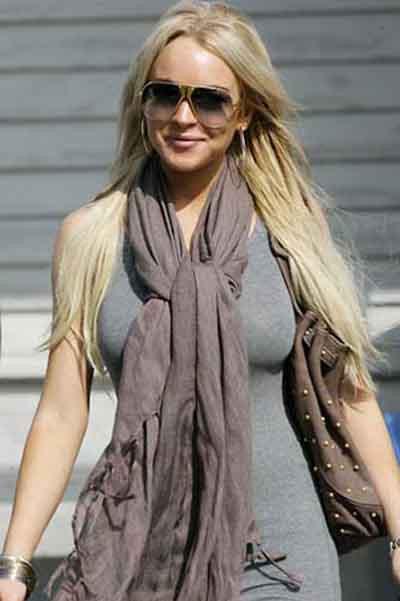 Lindsay Lohanın özel fotoğrafları internette