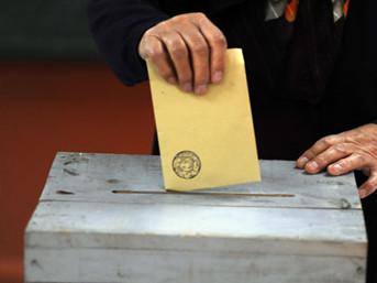 AK Parti oylarını arttırdı !