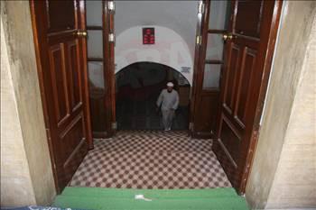 Yeraltında bir cami