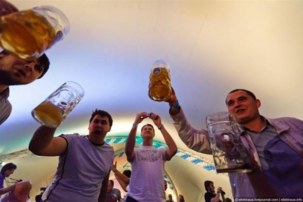 Ukraynada Oktoberfest yapılırsa !
