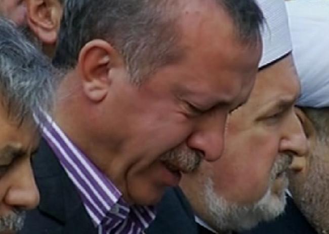 Erdoğanın göz yaşları sel oldu
