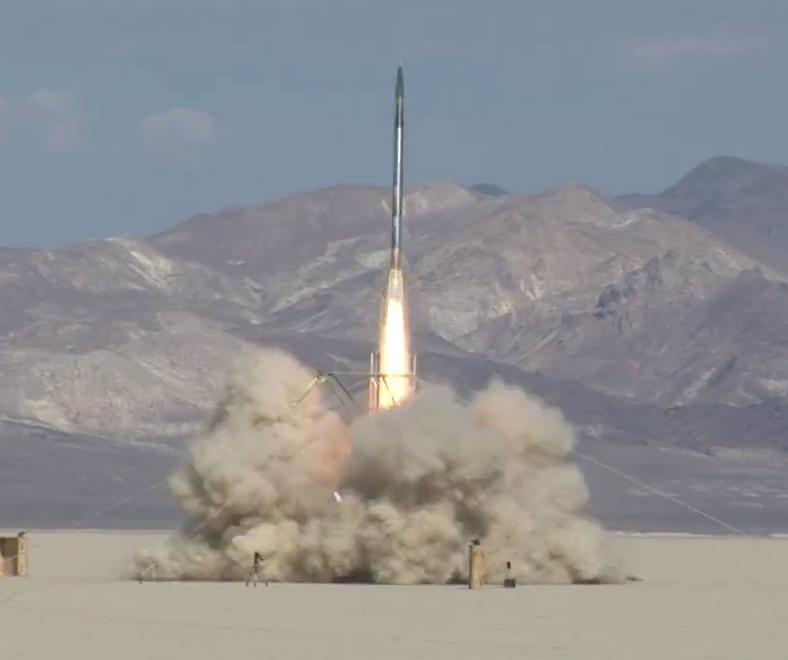 90 saniyede uzaya çıktı !