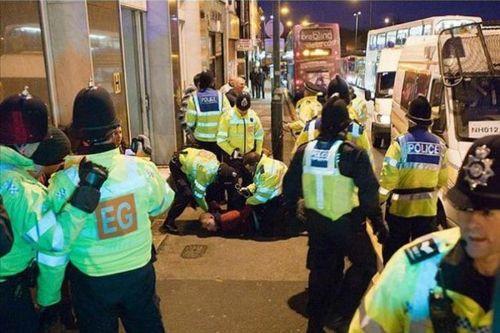 Polis bile isyan etti!