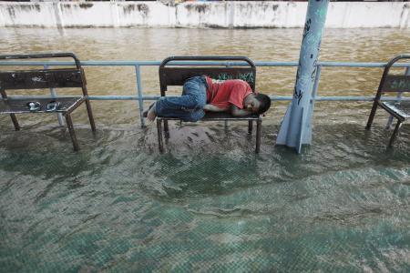 Sel felaketi hayatı felç etti!