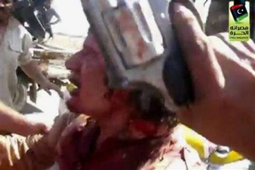 Kaddafi nin son görüntüleri