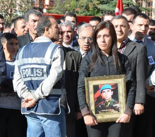 Şehit Onbaşı Yavuz Çobanın cenazesi